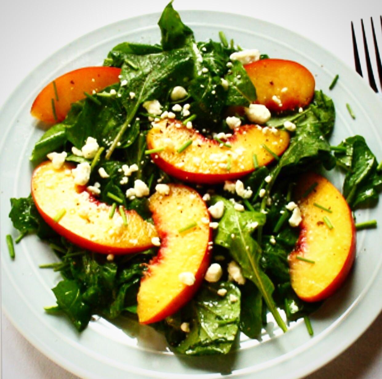 Peach &  Aragula salad