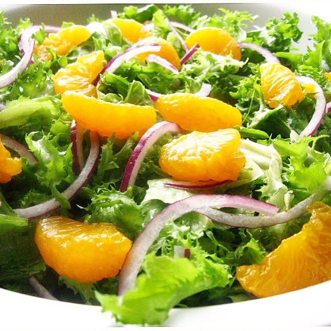 Mandarin & red onion salad