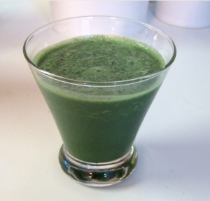 Add spirulina to your daily juice