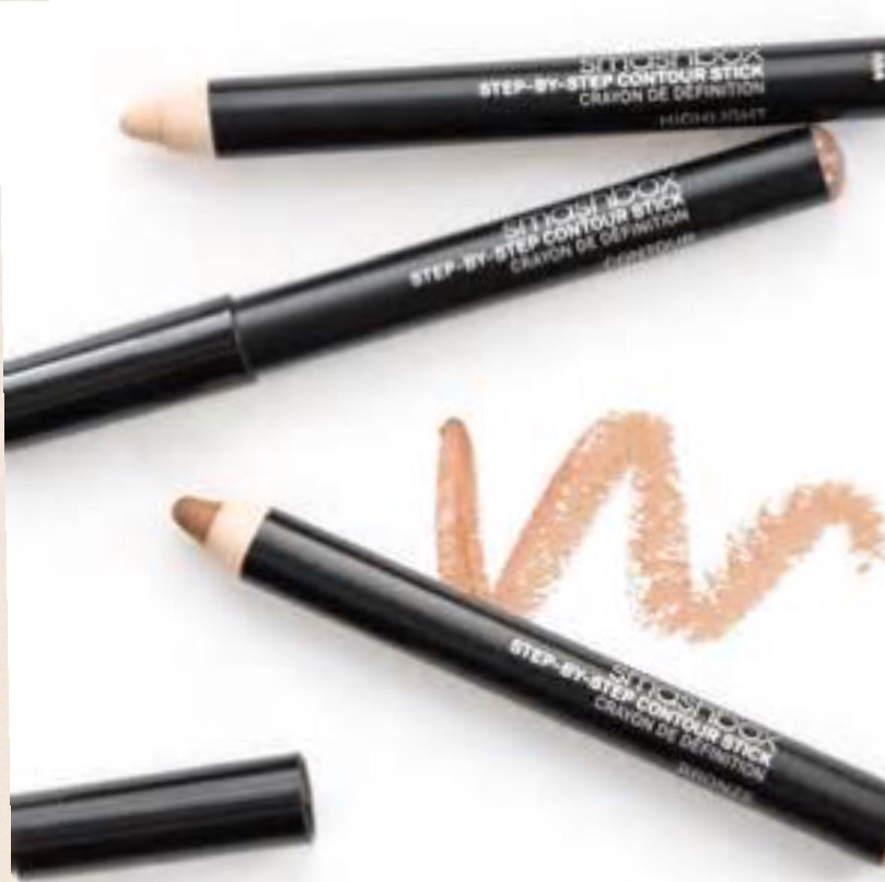 Love contouring? Smashbox made it a whole lot easier